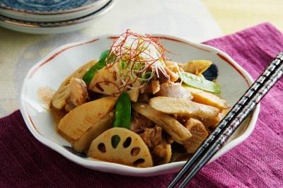 旬野菜の炒め煮ピリ辛味噌風味出来上がり図