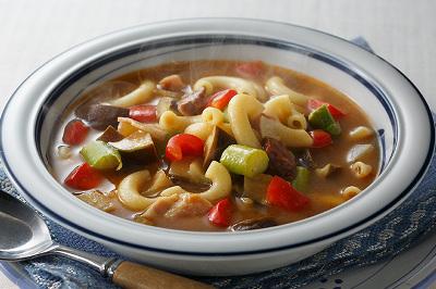 旬野菜とマカロニのカレースープ出来上がり図