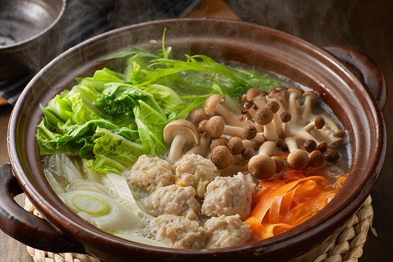 肉団子と旬野菜の糀風味鍋出来上がり図